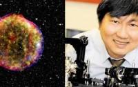 Dibujo20120911 supernova explosion and Charles Wang