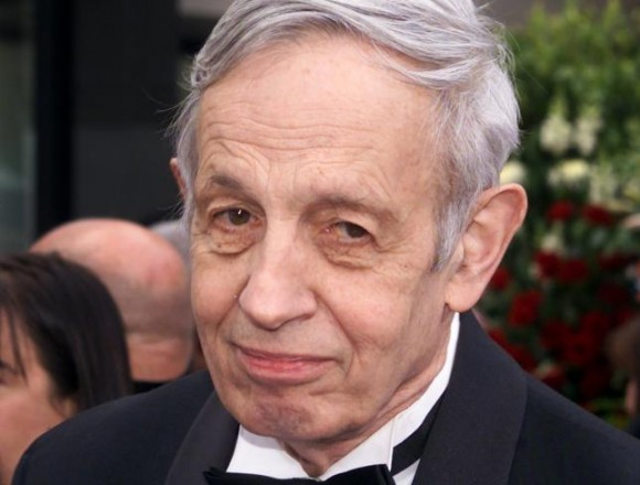 Nobel Prize winner John Forbes Nash arrives to the 74th Annual Academy Awards in Los Angeles, California, in this file photo taken March 24, 2002. REUTERS/Fred Prouser/Files