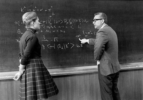 Dibujo20170208 1972 Mary K Gaillard and Murray Gell-Mann at CERN