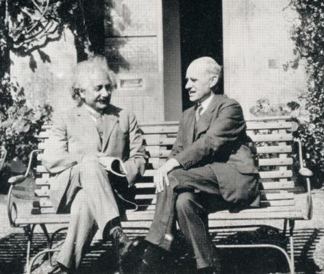 Dibujo20131115 ISON einstein - eddington - june 1930