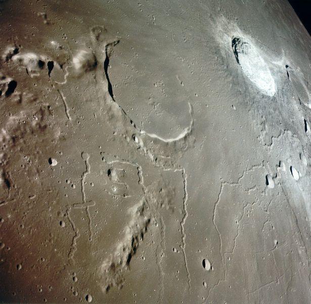 El verdadero color de la Luna (foto de Chang\'e 3) | Astronomía | La ...