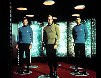 Dibujo20140209 star trek - teleporting - scotty kirk spock