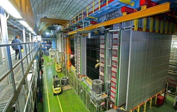 OPERA excluye a 3.3 sigmas el neutrino estéril de MiniBooNE