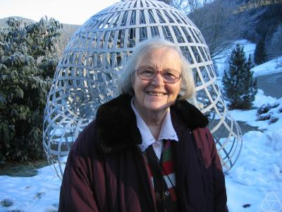 Dibujo20160210 Yvonne Choquet-Bruhat Mathematician workshop Mathematical Aspects of General Relativity in Oberwolfach 2006