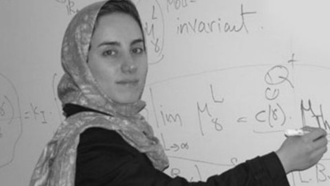 Dibujo20170715 whiteboard maryam mirzakhani photo from youtube
