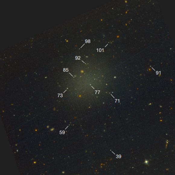 Dibujo20180328 hst advanced camera for surveys acs image NGC1052–DF2 nature doi 10 1038 nature25767